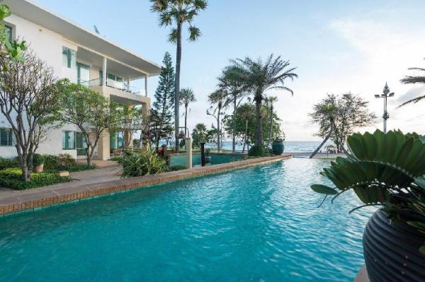 Sunset View Beachfront Suite With 2 Bedrooms Phuket