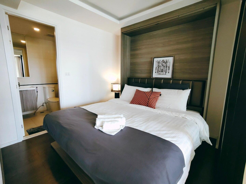 Bangkok&Pool&BTS Asoke&MRT Sukhumvit&Max4ppl อพาร์ตเมนต์ 1 ห้องนอน 1 ห้องน้ำส่วนตัว ขนาด 46 ตร.ม. – สุขุมวิท