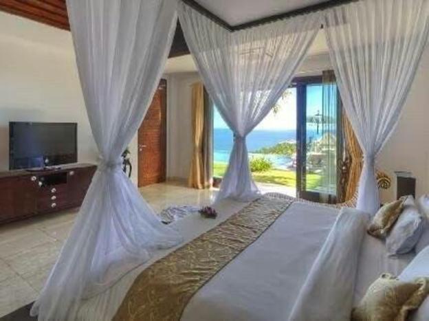 3 Bed Room Pool Villa Ocean View