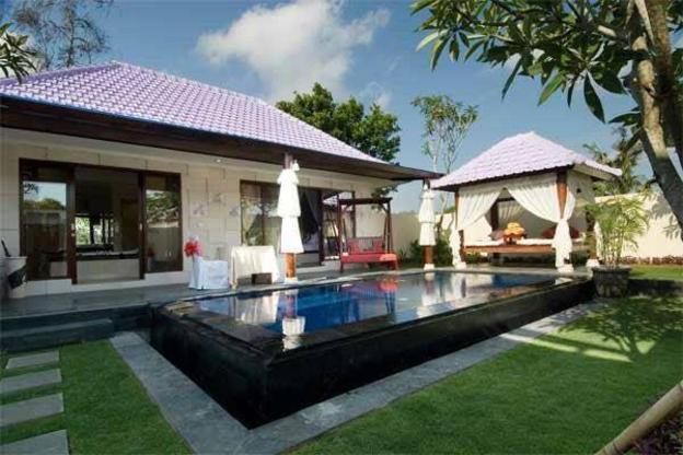 Romantic Private Pool Villa 1BR honeymooner Kuta