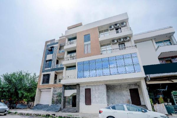 OYO 45018 Comfort Stay Rohini New Delhi and NCR