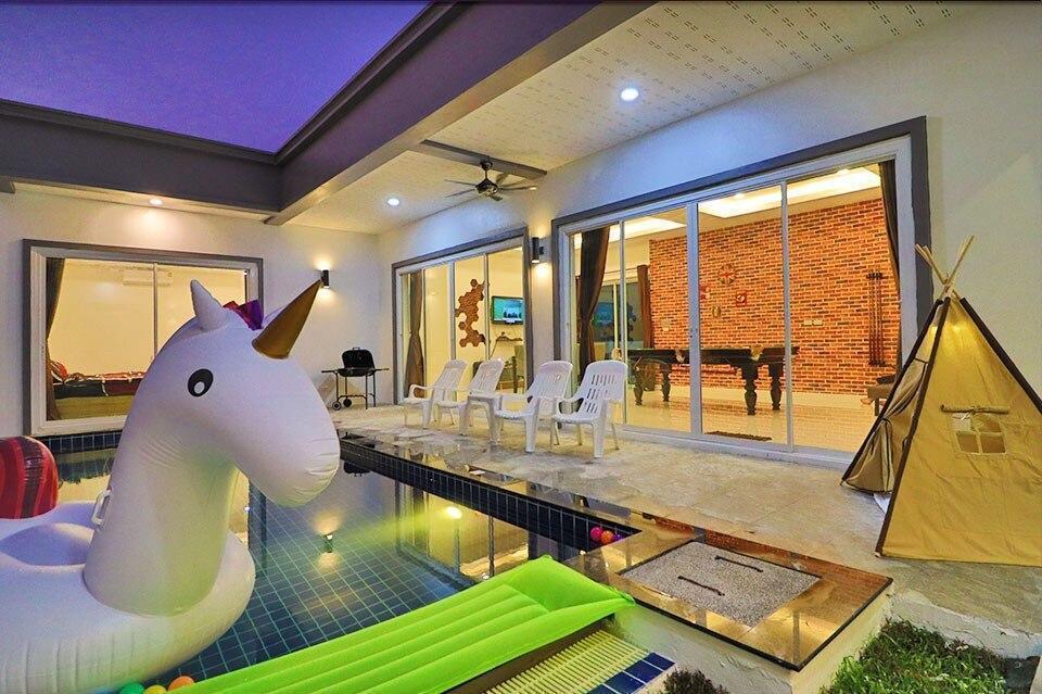 playboy poovilla 4 ห้องนอน 4 ห้องน้ำส่วนตัว ขนาด 75 ตร.ม. – ตัวเมืองชลบุรี