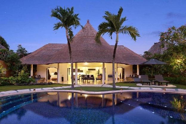 3BR Extraordinary Pool Villa @Seminyak