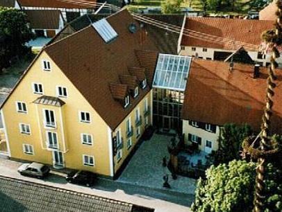 Neumaiers Hirsch  Gasthof Und Landhotel