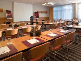 Mercure Airport Hotel Berlin Tegel Berlin - Meeting Room