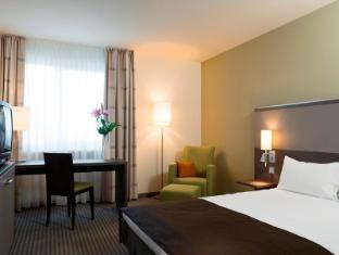 Mercure Airport Hotel Berlin Tegel Berlin - Guest Room
