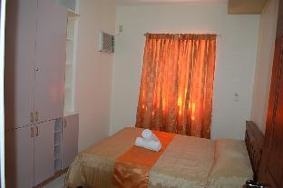 picture 5 of Manora Apartments and Guest House