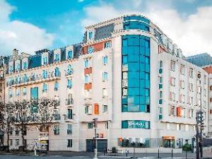 Adagio Access Paris Porte De CharentonAparthotel
