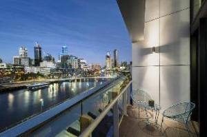 Melbourne Holiday Apartment South Wharf