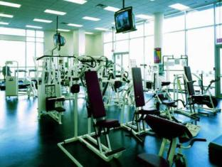 Auberge Vancouver Hotel Vancouver (BC) - Fitness Room