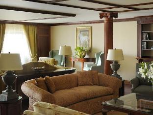 Cairo Marriott Hotel & Omar Khayyam Casino Cairo - Suite Living Room