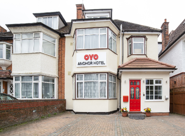 OYO Flagship Anchor Hotel London
