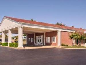 Days Inn and Suites Collierville