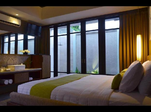Luxury Deluxe Room - Breakfast