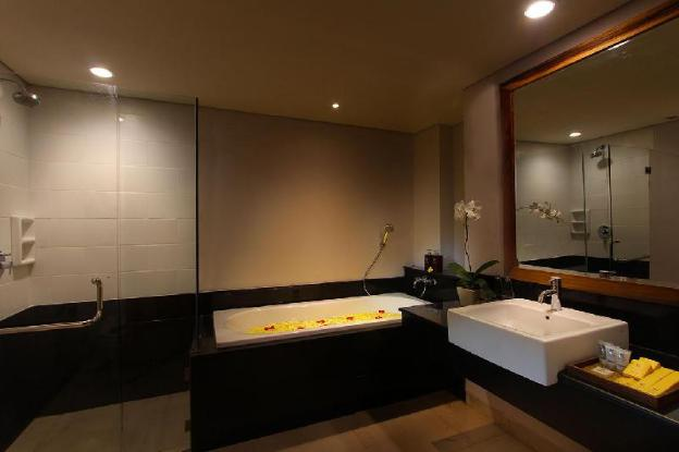 Kirana Room-Breakfast|TKH