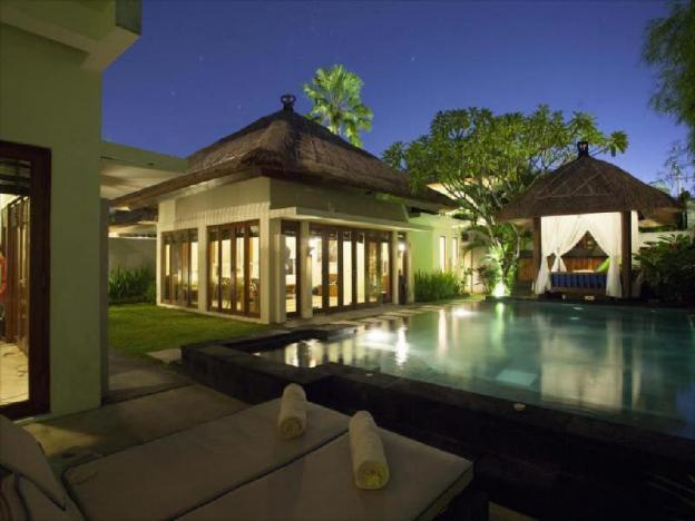 Two BR Villa with Private Pool-Breakfast|BBV