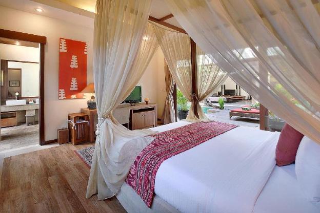 OneBR Pool Villa-Breakfast KV