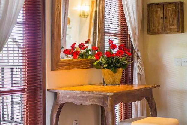 Four BR Private Pool Villa - Breakfast