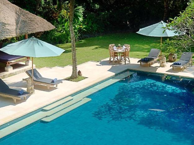 FourBR Villa with Private Pool + Bathtub+Breakfast