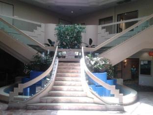Fortune Hotel & Suites Las Vegas (NV) - Entrance