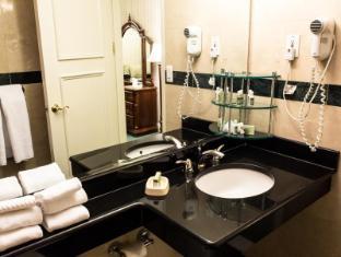 Hotel Stanford New York (NY) - Bathroom
