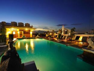 Rambuttri Village Hotel Bangkok - Swimming Pool