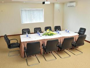 Sanouva Saigon Hotel Хошимин - Комната для переговоров