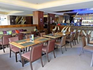 Castle Peak Hotel Cebu City - Café