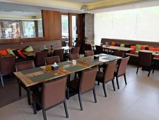 Castle Peak Hotel Cebu City - Restaurang