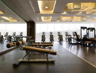 Hong Kong SkyCity Marriott Hotel Hong Kong - 24-hour Fitness Center