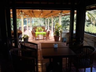 Bukit Senggigi Hotel Lombok - Restaurant
