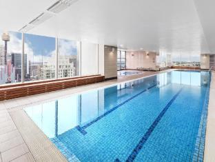 Meriton Serviced Apartments World Tower Sydney - Swimming Pool