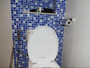 Celyn Hotel City Mall Kota Kinabalu - Bathroom
