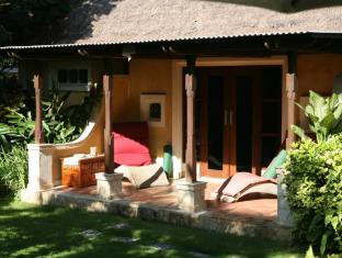Rumah Bali Bed & Breakfast Bali - Balcony/Terrace