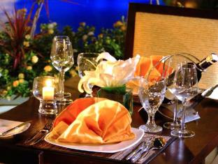 Aston Kuta Hotel and Residence Bali - Dinner Set up
