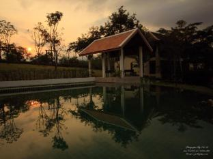 PhuNaCome Resort Loei - Swimming Pool