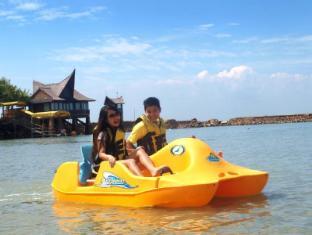 Batam View Beach Resort Batam Island - Sports and Activities