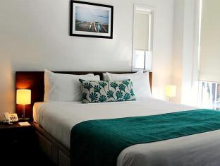 Barclay Suites Auckland City Hotel Auckland - Deluxe One Bedroom Harbour View Suite