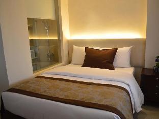 picture 5 of Imperial Palace Suites Quezon City