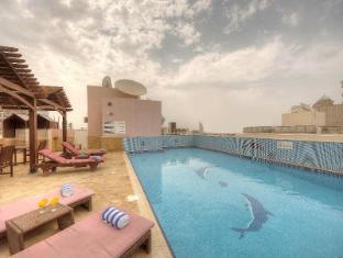La Villa Najd Hotel Apartments Dubai - Swimming Pool