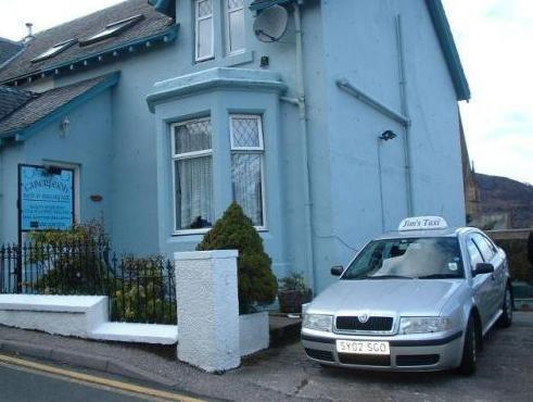 6 Caberfeidh  Blue House