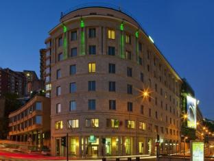 โรงแรมฮอลิเดย์อินน์เจนัวซิตี้
