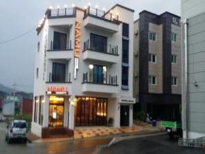 ยอซู นามู เกสต์เฮาส์ (Yeosu Namu Guesthouse)