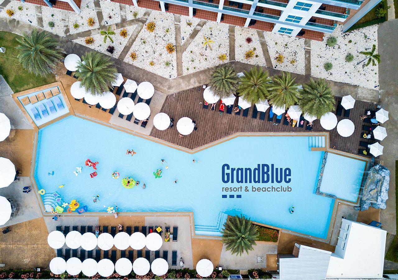 GrandBlue Resort แกรนด์ บลู รีสอร์ต