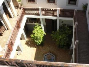 /bg-bg/equity-point-marrakech/hotel/marrakech-ma.html?asq=m%2fbyhfkMbKpCH%2fFCE136qenNgCzIYIJCg6K3r4k5Tbef%2bz0TTiA2v%2bzjT8AYWwEy