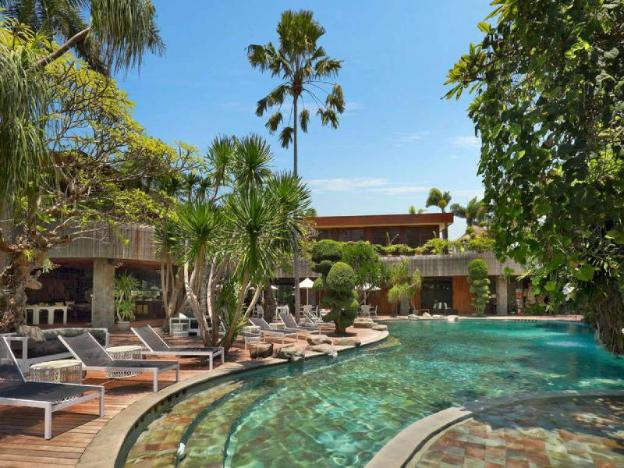 5 Bedroom Presidential Pool Villa - Breakfast
