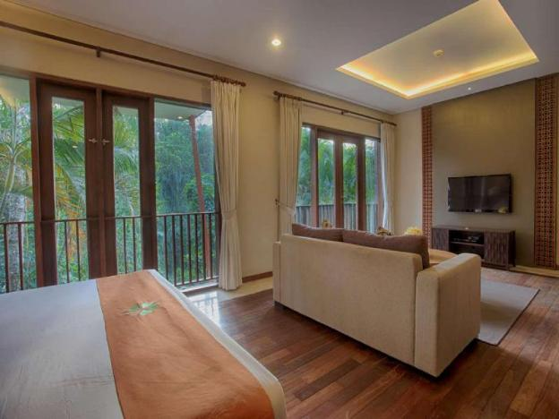 3 BR Natural Villa with Private Pool - Breakfast W/Lovely Staff