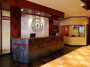 The Landing @ LaGuardia Hotel New York (NY) - Front Desk