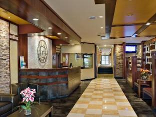 The Landing @ LaGuardia Hotel New York (NY) - Front Desk & Lobby Area