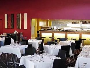 Red Bridge Motor Inn Sunshine Coast - Restaurant